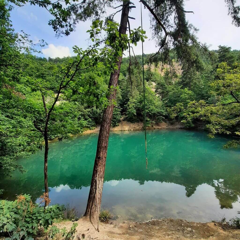 lac_albastru